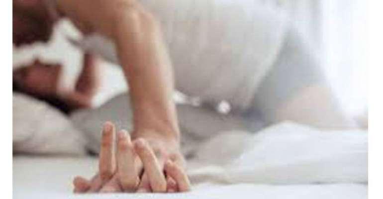 പോണ് വീഡിയോസ് ഏറ്റവും കൂടുതല് ആഘോഷമാക്കുന്നത് കോളേജ് വിദ്യാര്ത്ഥികള് : പെണ്കുട്ടികളില് ഭൂരിഭാഗം പേരും സെക്സ് ആസ്വദിക്കുന്നവര്