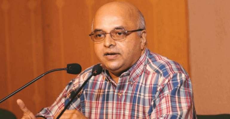 മരട് ഫ്ലാറ്റ് പ്രശ്നം: നിരുപാധികം മാപ്പ്, ടോം ജോസ് സുപ്രീം കോടതിയില്