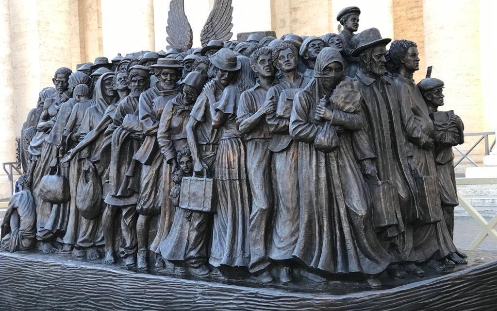 400 വര്ഷങ്ങള്ക്ക് ശേഷം സെന്റ് പീറ്റേഴ്സ് സ്ക്വയറില് ഒരു ശില്പ്പം, അനാച്ഛാദനം ചെയ്തത് ഫ്രാന്സിസ് മാര്പാപ്പ