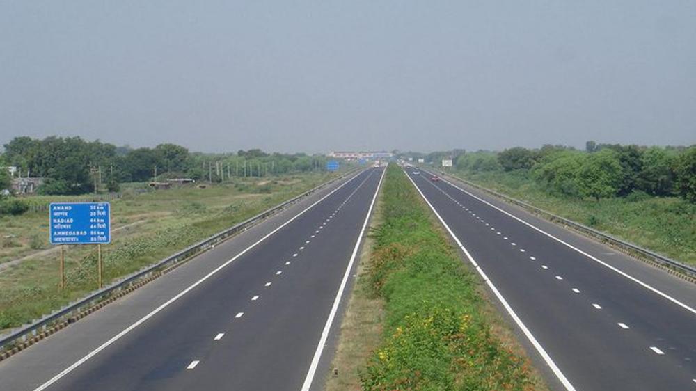 സംസ്ഥാനത്തെ റോഡുകൾക്ക് കേന്ദ്രസഹായം; 526 കിലോമീറ്റർ റോഡ് ആറുവരിപ്പാതയാകും
