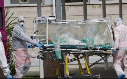 യുഎഇയില് കൊവിഡ് ബാധിച്ച് 18 പേര് കൂടി മരിച്ചു