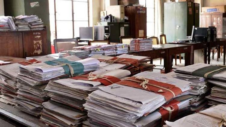 ഓഫീസുകളിൽ 25 ശതമാനം മാത്രം ജീവനക്കാർ; സർക്കാർ, സ്വകാര്യ സ്ഥാപനങ്ങൾക്ക് ബാധകം: പുതിയ ഉത്തരവ്