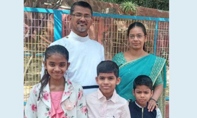 റവ: ഈപ്പൻ വർഗീസ് ഹൂസ്റ്റൻ ഇമ്മാനുവേൽ മാർത്തോമ്മാ ഇടവകയുടെ വികാരിയായി ചുമതലയേറ്റു
